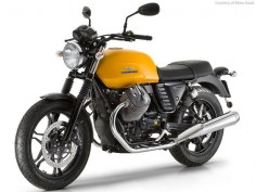 "Moto Guzzi V7 II Stone 2015 - Engine Type 90° V-twin 4-stroke - Capacity 744 cc - Power 37 kW (50HP) at 6,200 rpm - Torque  ft lbs. / 58Nm at 5,000 rpm - Gearbox 5-speed - Front wheel 18"", 100/90, Rear wheel 17"", 130/80 - Saddle height  in. ( in. opt.) 805 mm (780 mm opt.) - Curb weight 395 pounds - 179 kg - Fuel tank capacity  gallons (22 liters)"