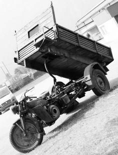 Moto Guzzi WWII vintage trike