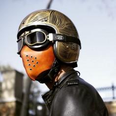 /// moto mask