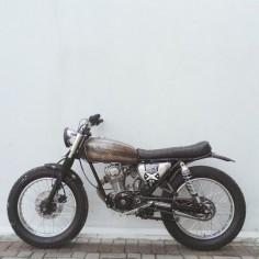 motomood:Honda CB125 #motorcycles #bratstyle #motos |