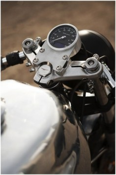 motorcycle speedometers -