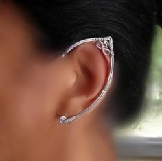 Never knew these existed, or what they're called, but they're so Elven, and cool, and Tina would L♥VE these!!!