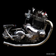 NO 35: CLASSIC NORTON COMMANDO 850 MOTORCYCLE ENGINE by Gordon Calder
