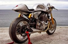 Norton Commando Cafe Racer 961 Metal Slug 4