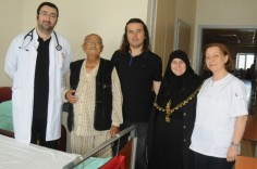 OMÜ Tıp'ta Sağlığına Kavuştu: Ordu'nun Fatsa ilçesinde yaşayan 71 yaşındaki Lütfi Şen, koma halinde geldiği #Samsun Ondokuz Mayıs…