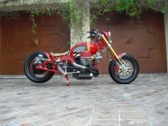 """ Pasta Rocket ""   Moto Guzzi Bobber"