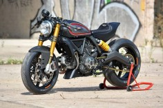 Perfect! Ducati Scrambler Cafe Racer by WalzWerk Racing #motorcycles #caferacer #motos |