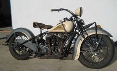 Photo of 1937 Indian Chief vintage motorcycle with right hand shift and left foot clutch.