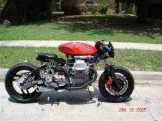 Photo of the Day: Moto Guzzi 1100 NOS - Cafe Racer - Moto Guzzi - Picture of the Day - Tuning - Motorcycle Caradisiac -