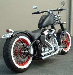 Proper Chopper's 'Old School Hardtail Bobber'.