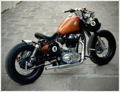 Rajputana Customs - '8 Ball' - Pipeburn - Purveyors of Classic Motorcycles, Cafe Racers & Custom motorbikes