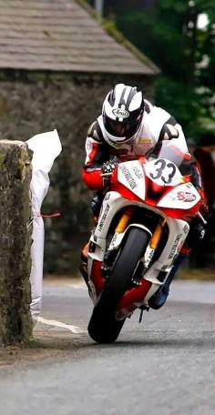 Real roads. Michael Dunlop, Southern 100