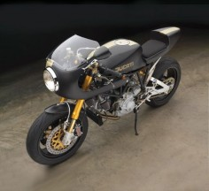 RocketGarage Cafe Racer: Ducati by Moto Studio