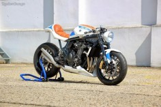 RocketGarage Cafe Racer: Suzuki Creative Custom Project 101