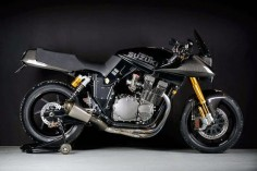 RocketGarage Cafe Racer: SUZUKI KATANA GSX1000 CARBON
