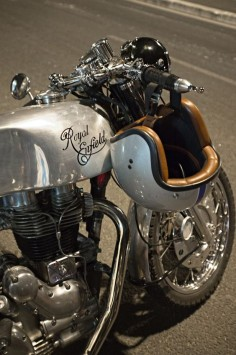 Royal Entfield #caferacer #motos #motorcycles |