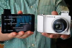 Samsung Galaxy Camera with Android Jelly Bean