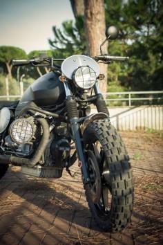 Scrambler Revolution Moto Guzzi 850 T5 ex police bike by De Angelis Elaborazioni