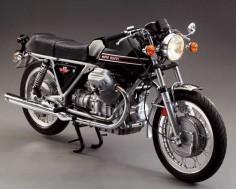 Sex Appeal: 1973 Moto Guzzi V7 Sport - Classic Italian Motorcycles - Motorcycles Classics