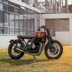So clean, so fresh. 1978 Kawasaki Z650 shared with us by Netherlands' @wrench_kings.