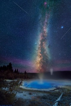 Solitary Geyser, Yellowstone National Park, Wyoming HOW amazing would it be to see this in real life?