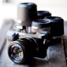 Sony Alpha NEX-7 : Camera with Lenses