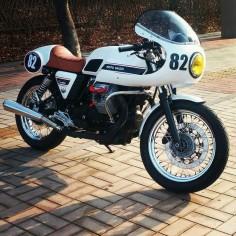Stunning Moto Guzzi Cafe Racer