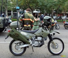 Suzuki DRZ-400 in service in Spain - I've been wondering how to strap a rifle to the