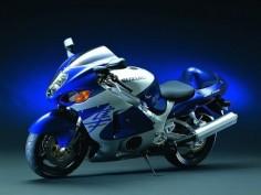 Suzuki GSX-R1300 Hayabusa. I miss my haya.
