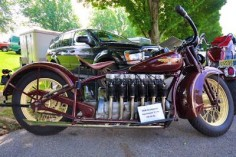 The 1930 Henderson Inline 6 Cylinder The Henderson Motorcycle Co started out in Detroit Michigan in 1911 where it lasted several years before relocating to Chicago under the Excelsior umbrella. During the prohibition years, Hendersons were used by the police while chasing bootleggers trying to cross in from Canada.  (LIKE+SHARE)  The 1930 Henderson Inline 6 Cylinder - Grease n Gasoline