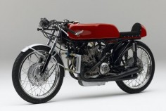The 1966 125cc RC149 had five cylinders