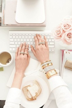 The Basics Of A Successful Blog: Tips For Blogging Success  {Career Girl Daily}