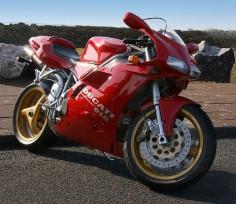 The Ducati 916,