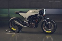 The Husqvarna 401 Vit Pilen 'White Arrow' motorcycle concept. This NEEDS to go into production!
