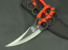 The KnuckleDuster Cobra Knife. 5 1/2 in. blade 10' overall. Knife Pics