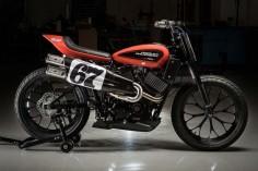 The new Harley-Davidson XG750R #FlatTrack! Si duda alguna este nuevo modelo de #HarleyDavidson se convertirá en la diosa de las pistas de tierra |