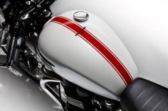THE TRIUMPH THRUXTON SE