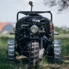 This Moto Guzzi Three 'Wheeler' Is Beautiful But Will Still Try And Kill You