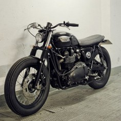 TRI - Triumph Riders India — Check out the front of this bike. #
