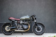 Triumph Bonneville Cafe Racer 2012 By Purebreed Cycles #motorcycles #caferacer #motos |