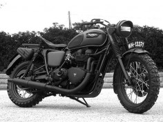 Triumph Bonneville custom motorcycle by Drags & Racing