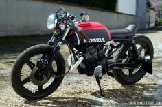 Une Honda CB 125 Twin cafe-racer,Vini Garage