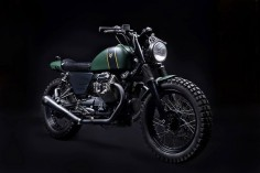 venier customs transforms moto guzzi V7 into tractor 03 scrambler