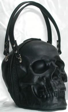 Willkommen bei Griffin Leder. Hand geformt Leder Schädel Clutch Bag Handtasche. Das Leder ist gebildet und temperiert, um seine Form zu halten. Es