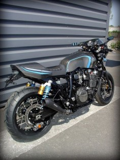 Yamaha XJR 1300 by Garage9 #motorcycles #caferacer #motos |