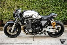 Yamaha XJR1300 Cafe Racer - Grease n Gasoline
