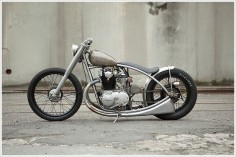Yamaha XS650 - Holiday Customs  Love the lines on this bike.