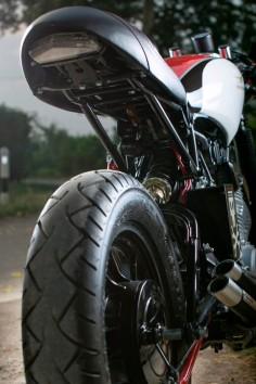 Yamaha XV500 Virago cafe Racer - Grease n Gasoline