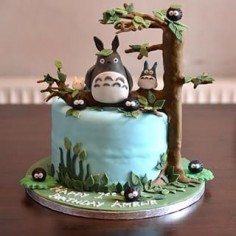 As time goes by… | 23 Adorable Totoro Cakes That Will Take You Back To Your Childhood