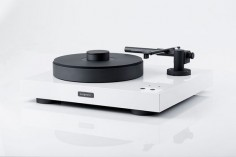 bergmann's magne turntable uses air to keep floating records linear